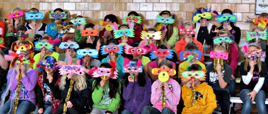 Owls & Monkies or Carnaval Masks?