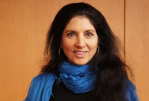 Lisa Schlesinger
